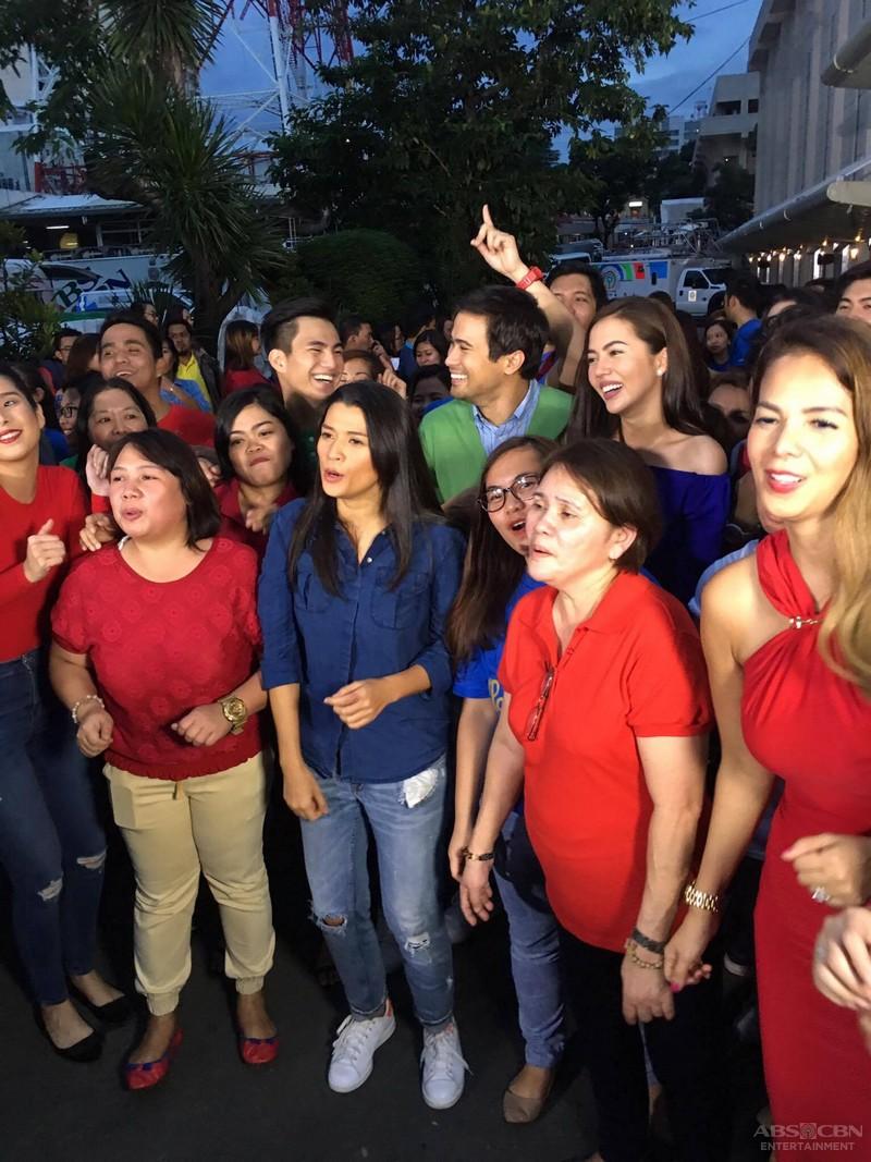 ABS-CBN Christmas Station ID 2016: Doble Kara